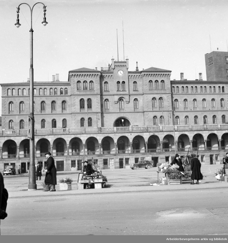 Møllergata 19. Youngstorget. Februar 1948