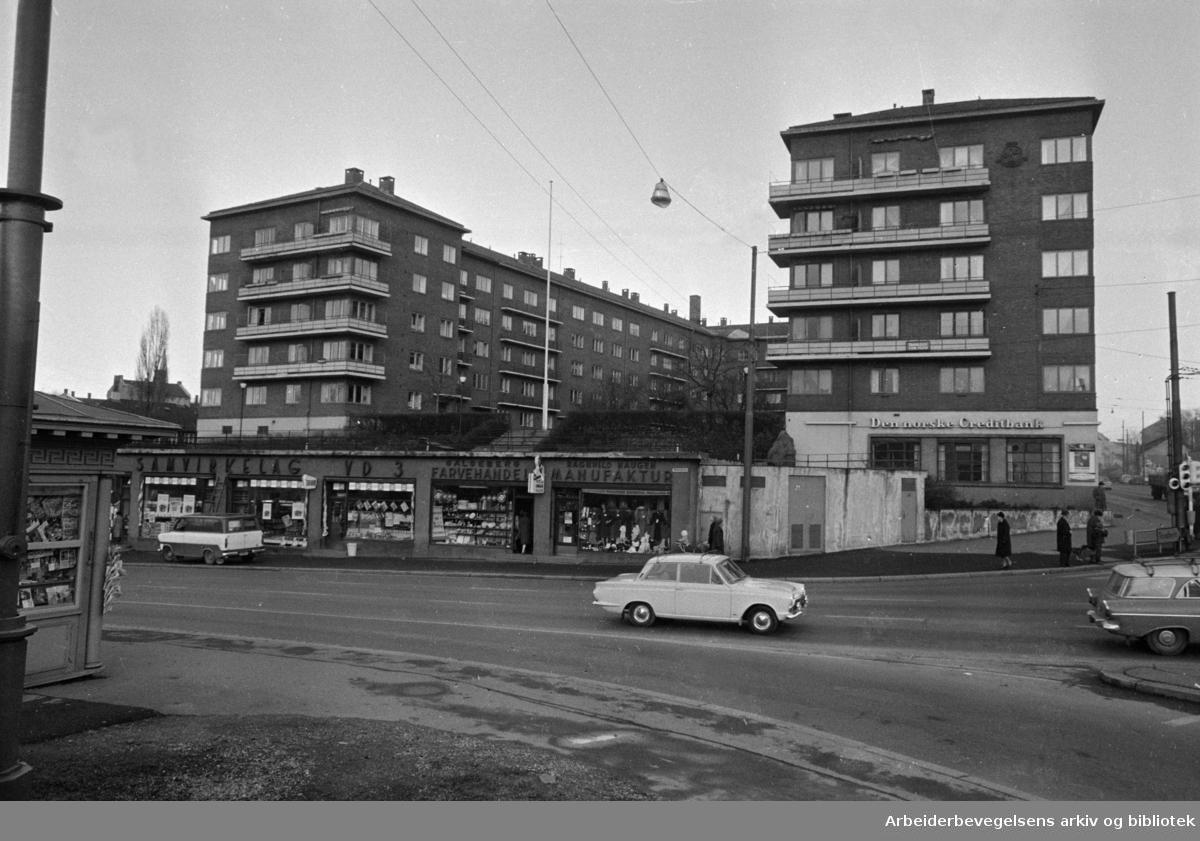 Galgeberg, kjørebaner. November 1967