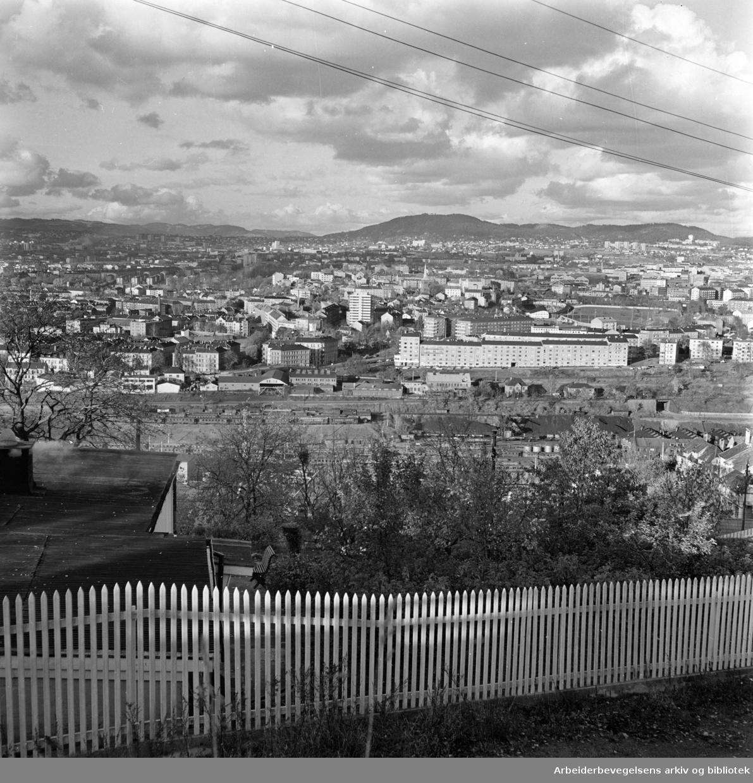 Ekeberg. Utsikt fra Ekeberg. Oktober 1961