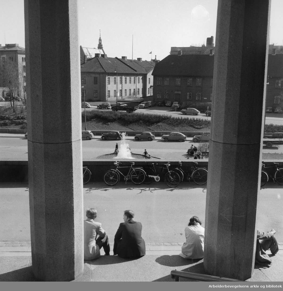 Arne Garborgs Plass. Mai 1954