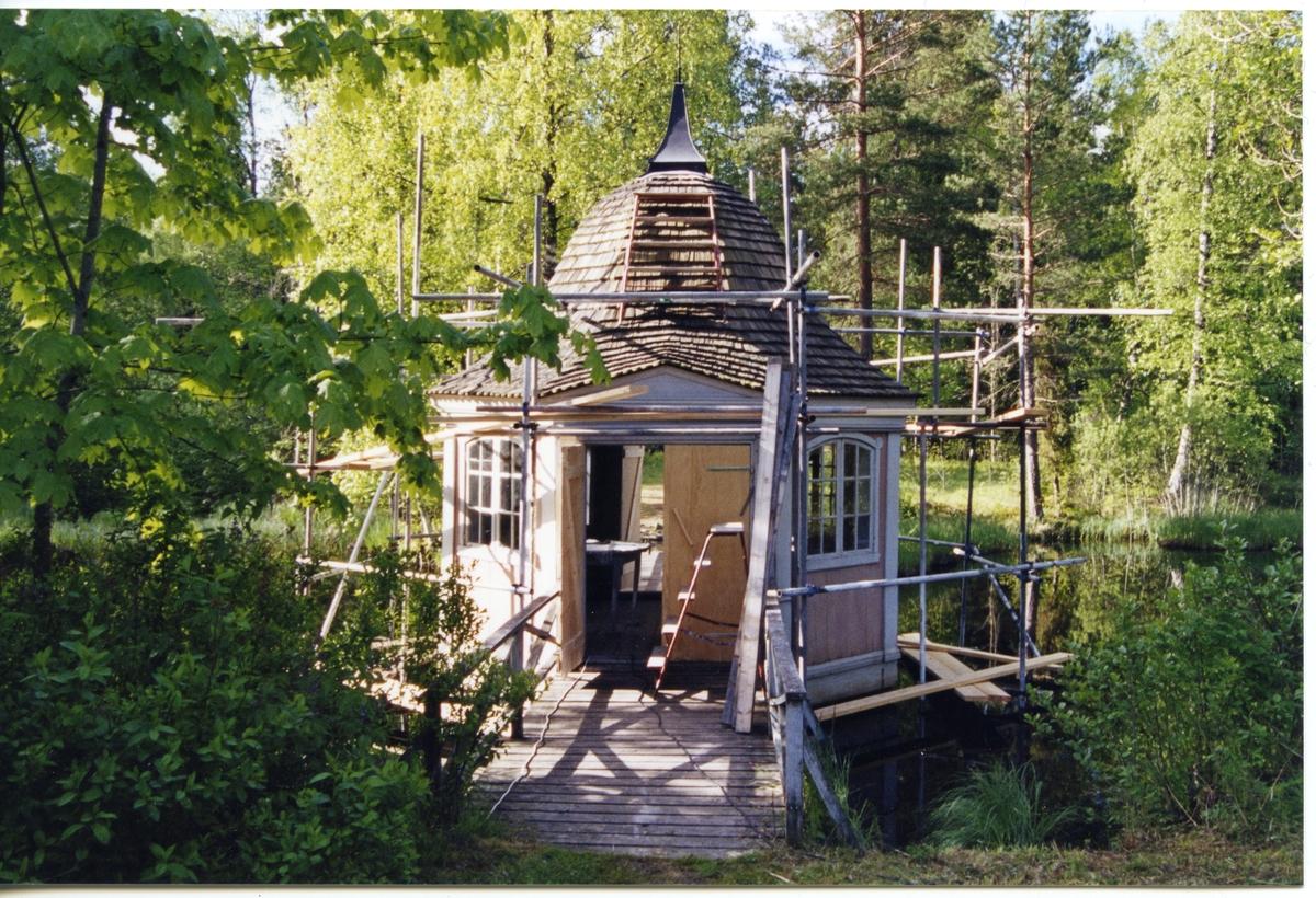 Gunnilbo sn, Bockhammar.  Ebba Brahes lusthus. Restaurering 2004.