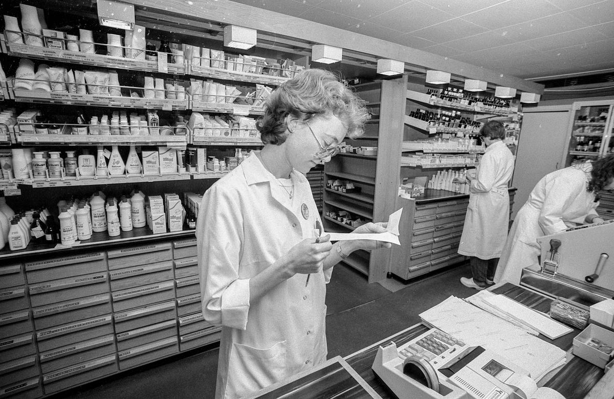 Ski apotek. Vanskelig å heve falske resepter. Farmasøyt