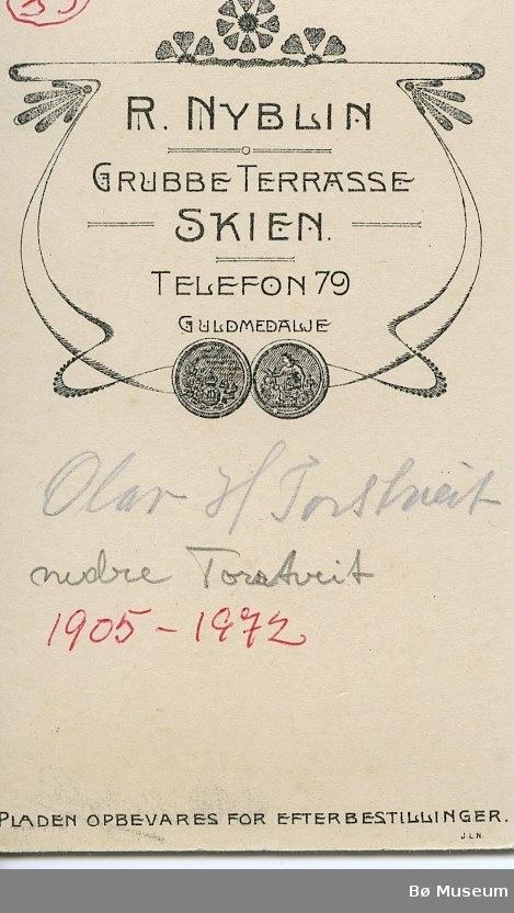 Atelierfoto av Olav H. Torstveit