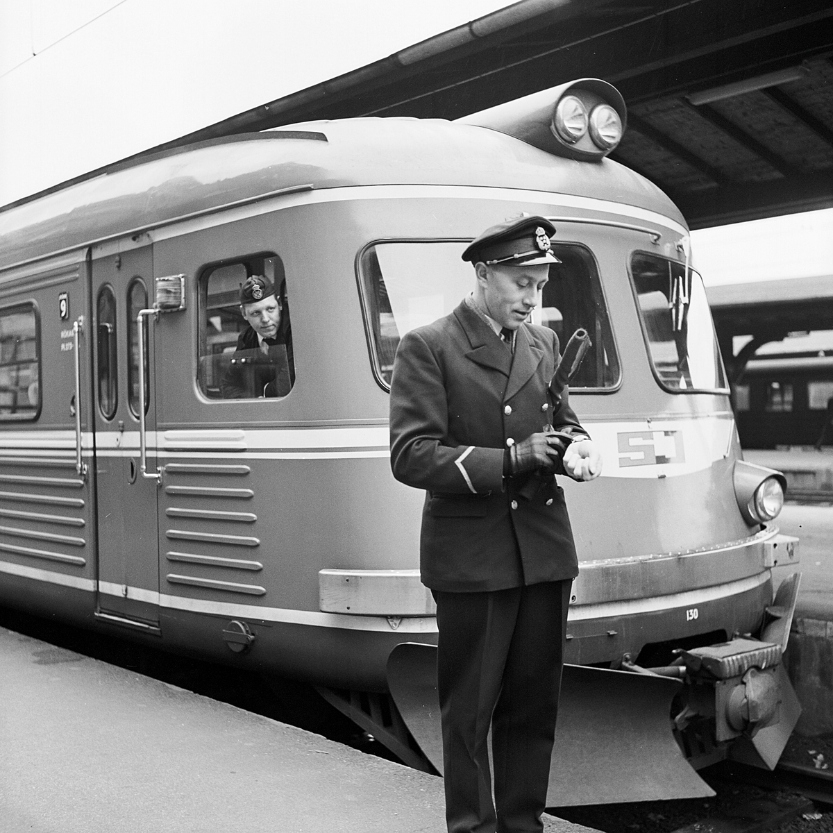 Tågklarerare Stockholm Central.  Statens Järnvägar SJ Y0a2B 130.