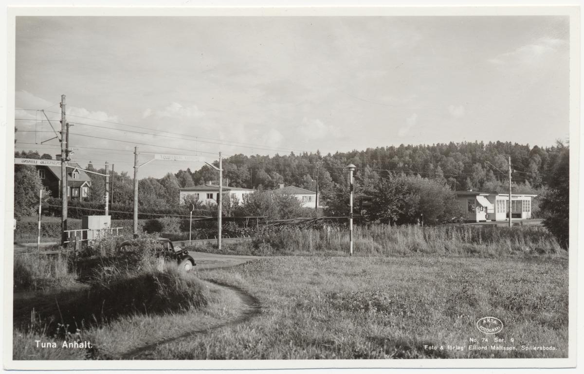 Tunagårds järnvägshållpats.