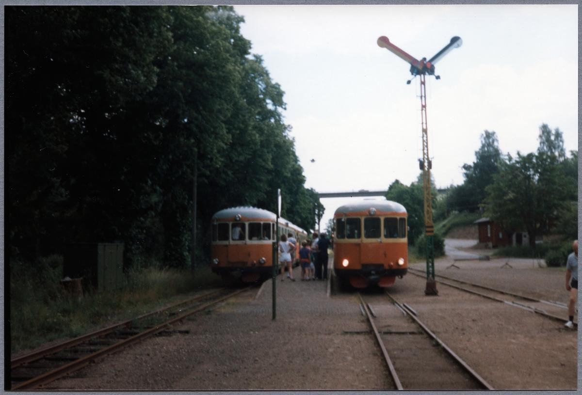 Rälsbuss på Verkebäck station.