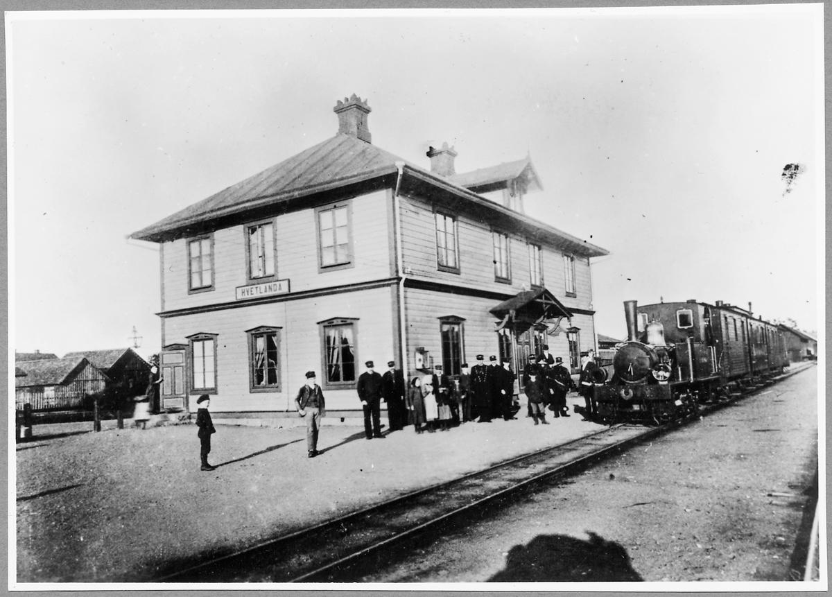 """Vetlanda-Sävsjö järnväg, HvSJ Lok 2 """"Fred Lothigius"""" vid Vetlanda station."""
