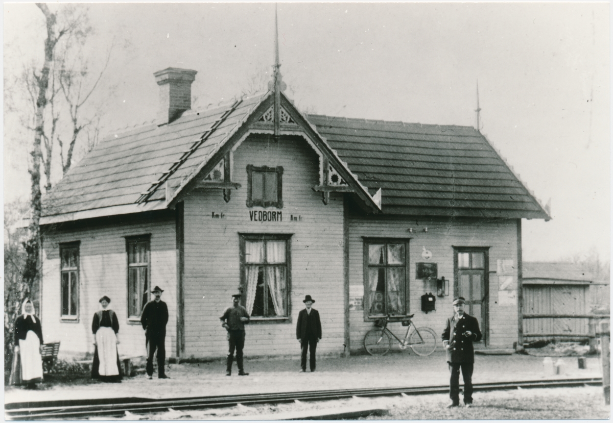 Vedborm station