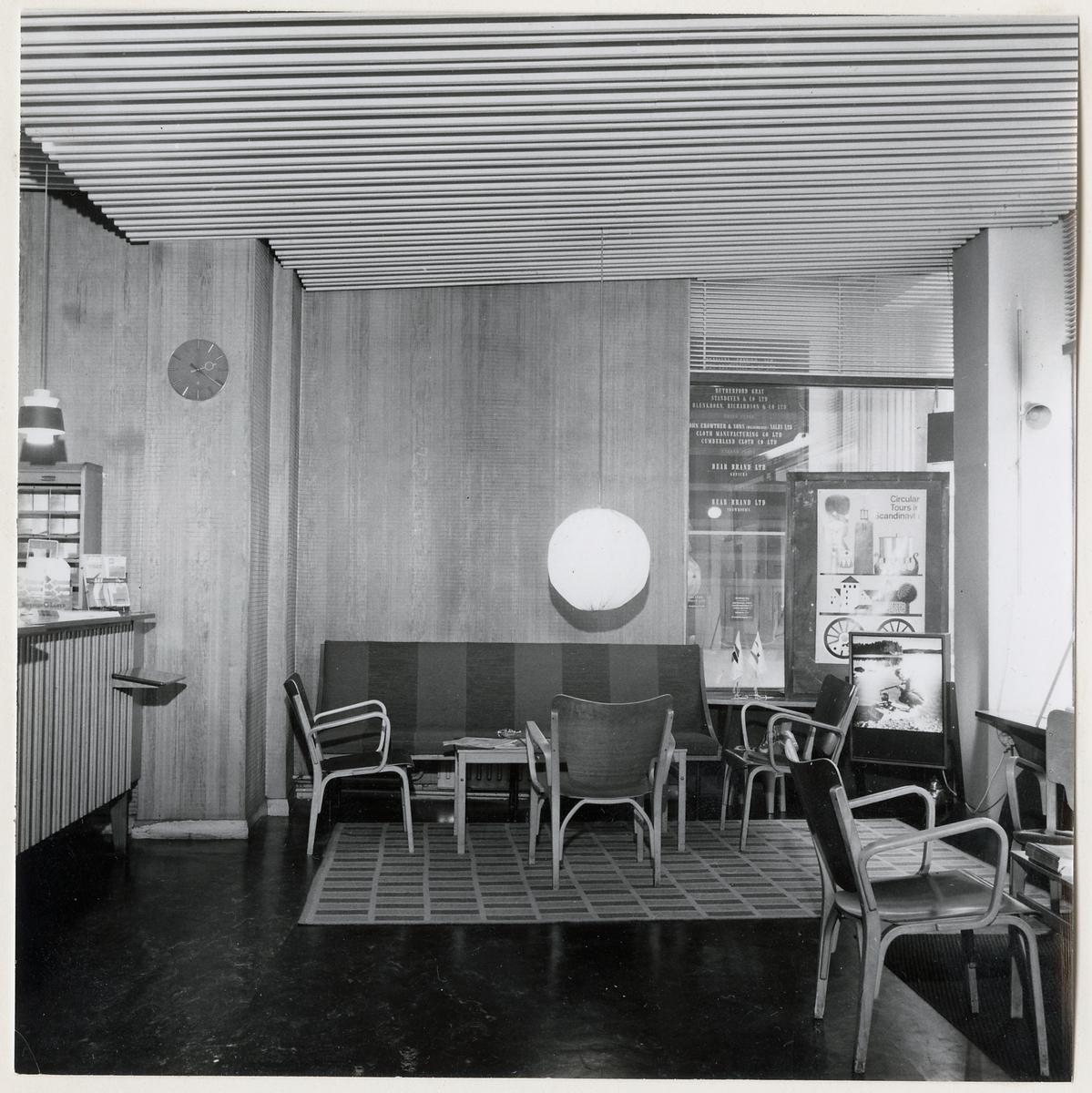 Statens Järnvägar, SJ Resebyrå i London under namnet 'Swedish Travel Bureau'. Vid den här tidpunkten låg resebyrån 7-8 Conduit Street i London.