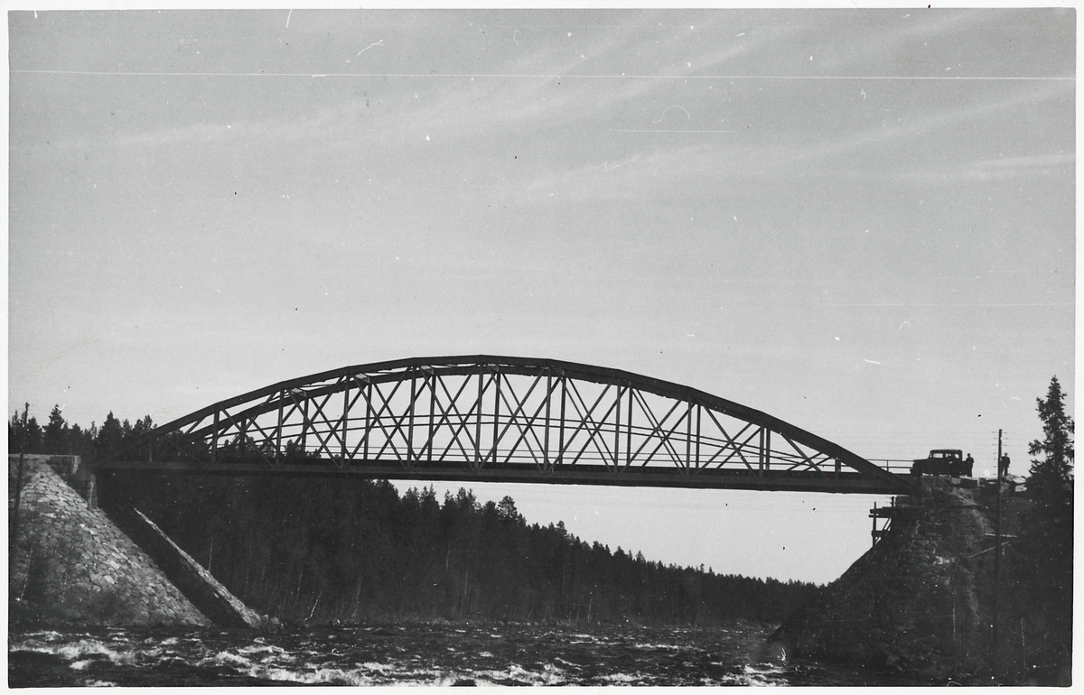 Järnvägsbro över Byske älv.