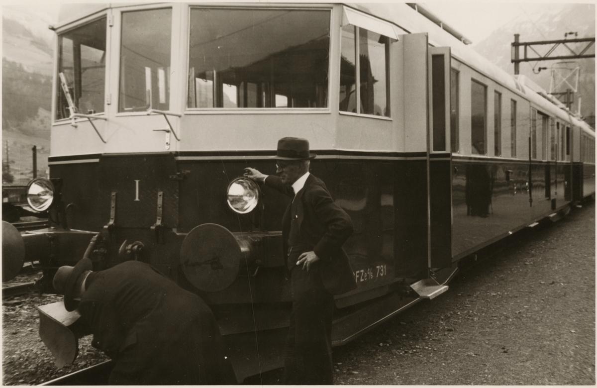 Kontroll och inventering av motorvagnståg med nummer 731.