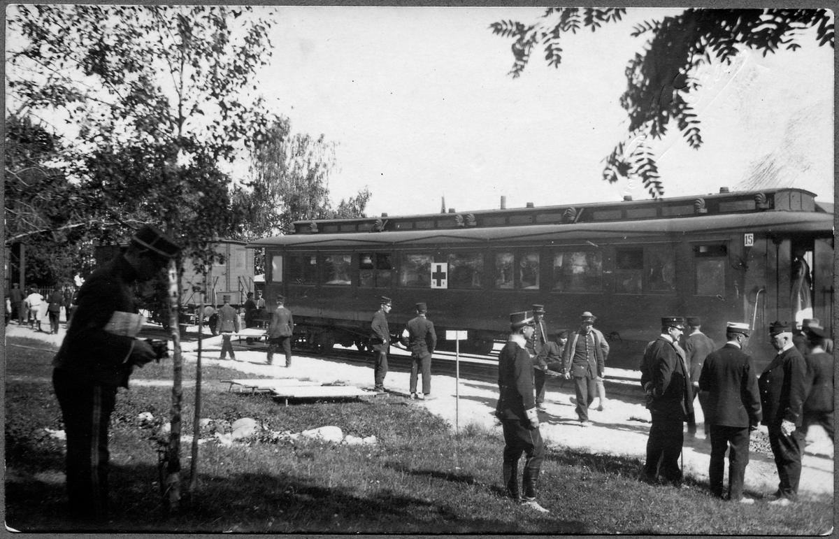 Första tåget Ryssland - Tyskland med krigsinvalider från Haparanda. Vagnen är Statens Järnvägar, SJ C05m 1911. En av de vagnar som gick fyllda med bårar. TT.
