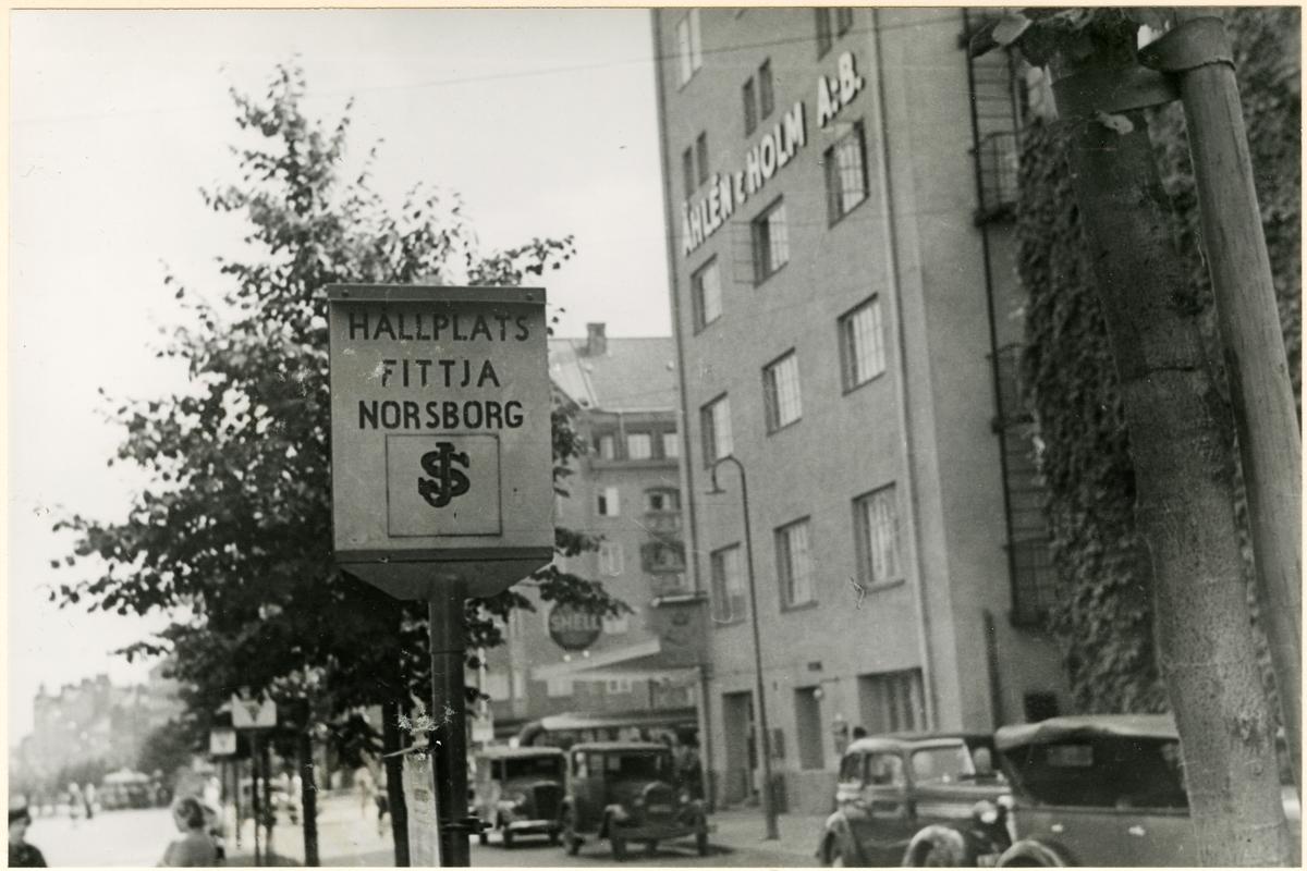 Statens Järnvägar, SJ busshållsplats vid Åhlens & Holm på Ringvägen.