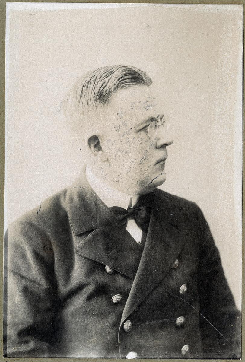 Stins H Wahlgren.
