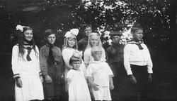 Guppebilde barn,Strand,Strandbygda 1920.
