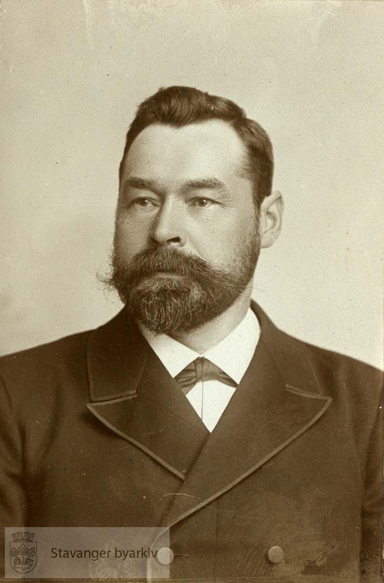 Fra bildemontasje over Stavanger kommunestyre 1902-04 .(Se BySt1986_1_316)