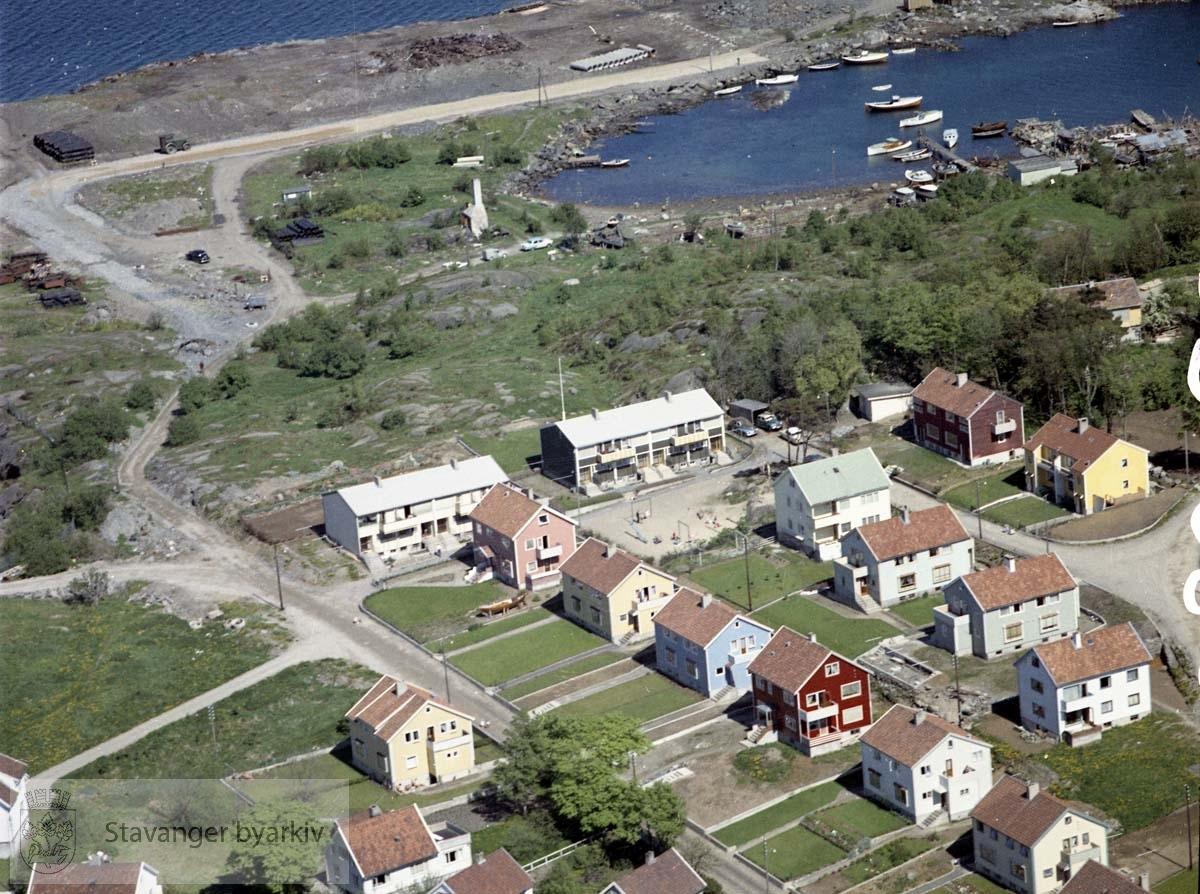 Breivik småbåthavn med Dreyersholmene..Gateløp: Boktrykker Dreyers gate, Egelandsveien, Søilands gate, Syreveien, Koparviksgata