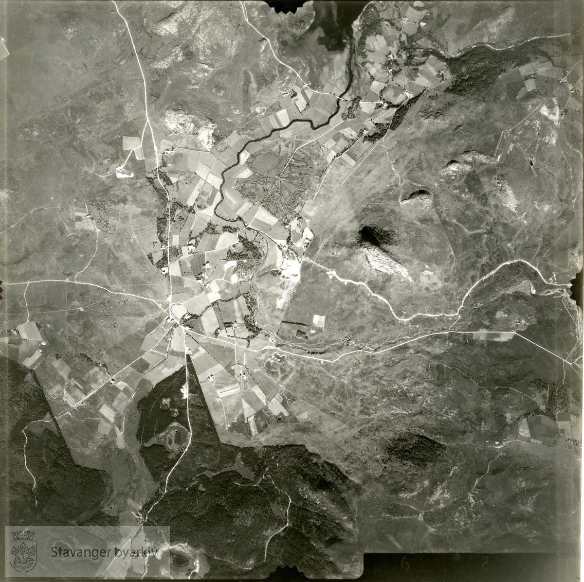 Jfr. kart/fotoplan H10/629..Sviland..Se ByStW_Uca_002 (kan lastes ned under fanen for kart på Stavangerbilder)