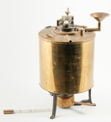 Måleinstrument for å måle flammeflukt