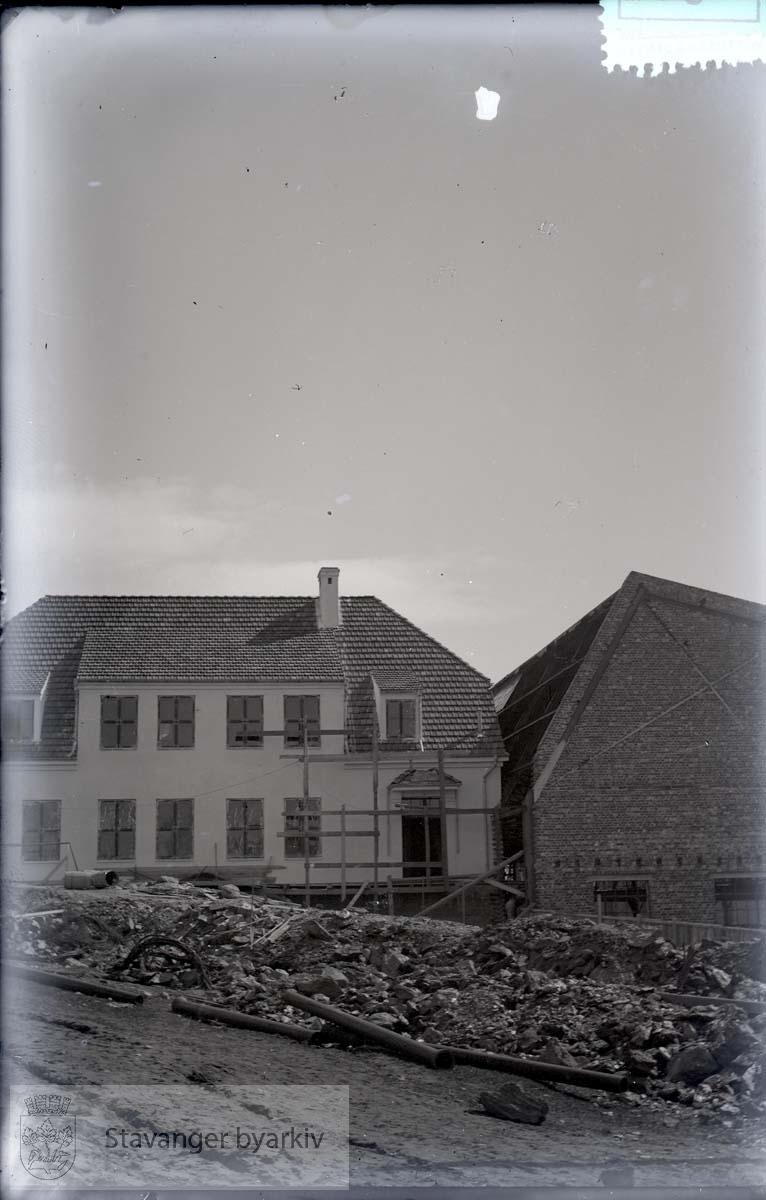 Rosenberg Mekaniske Verksted.Buøy..Merket nr 6 .