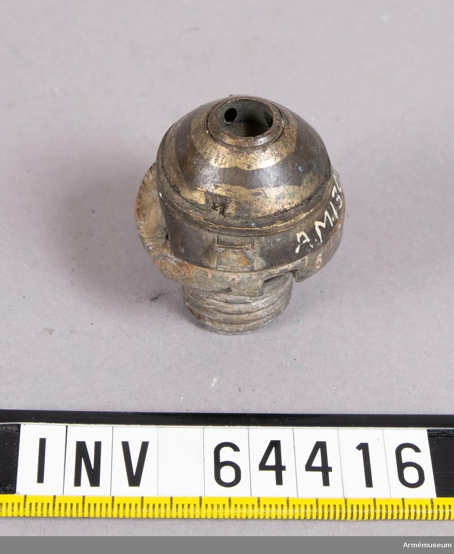 Grupp F II.  Till räfflad bakladdningskanon m/1863. Täckhylsan saknas.