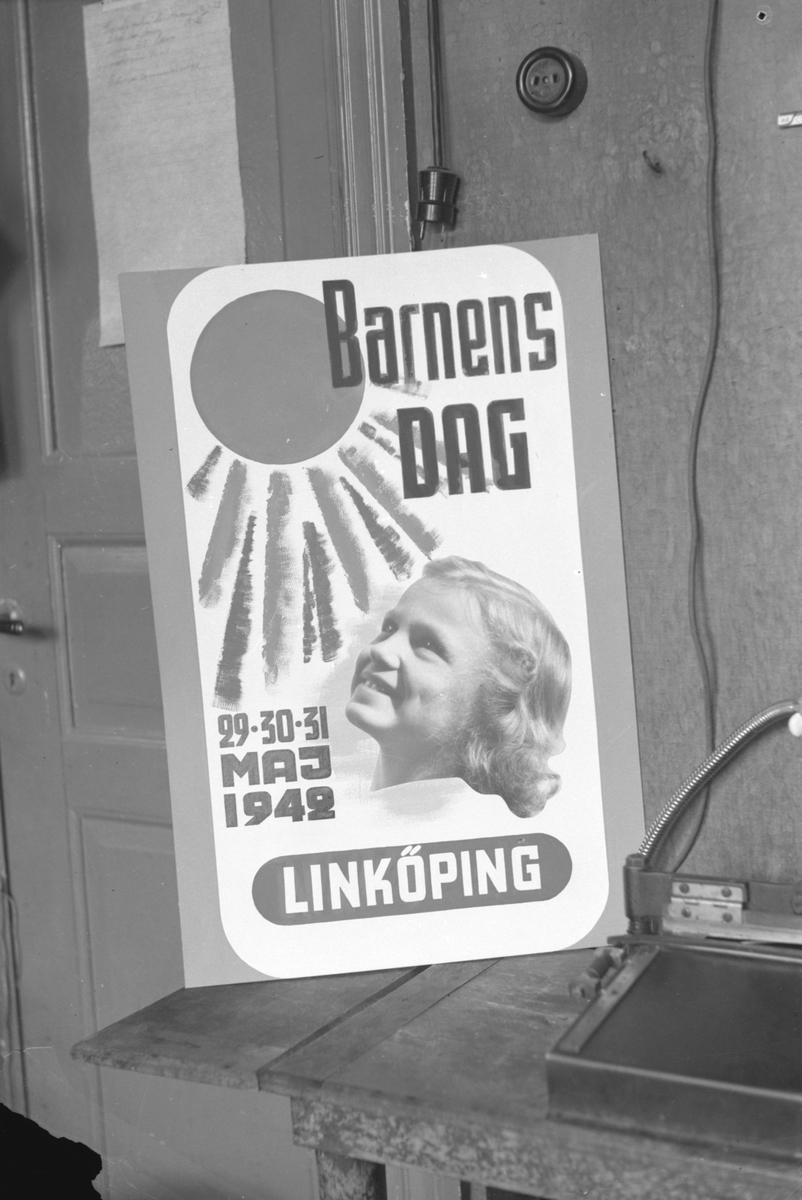 Barnens Dag, Linköping, 29.30.31 maj 1942. Affisch. Poster. Barn. Sol. Festival.
