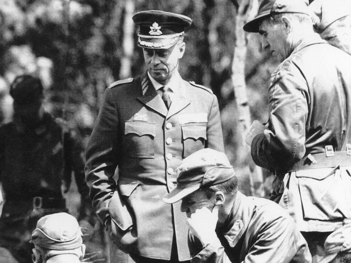 General Henrik Lange, Överste Birger Ehnrot och Överste/överstelöjtnant Björn Enwall