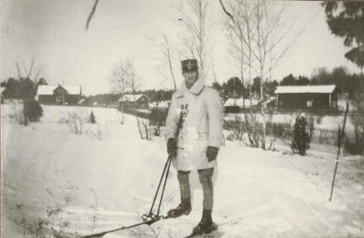 Officer på skidor, Vaxholms grenarjärregemente I 26.