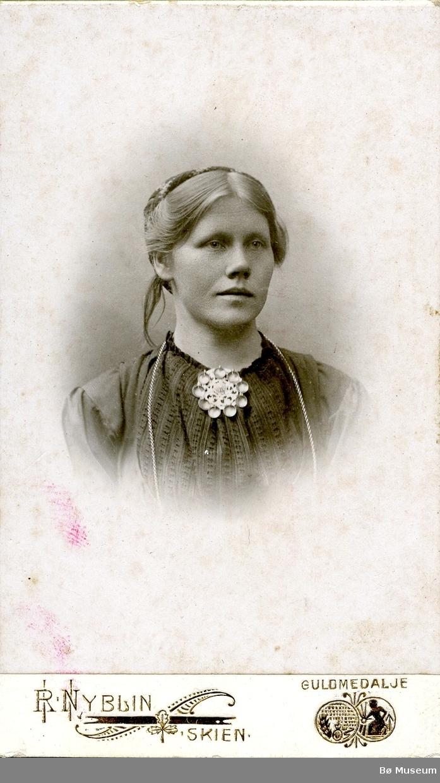 Portrett av Mari Bergskaas