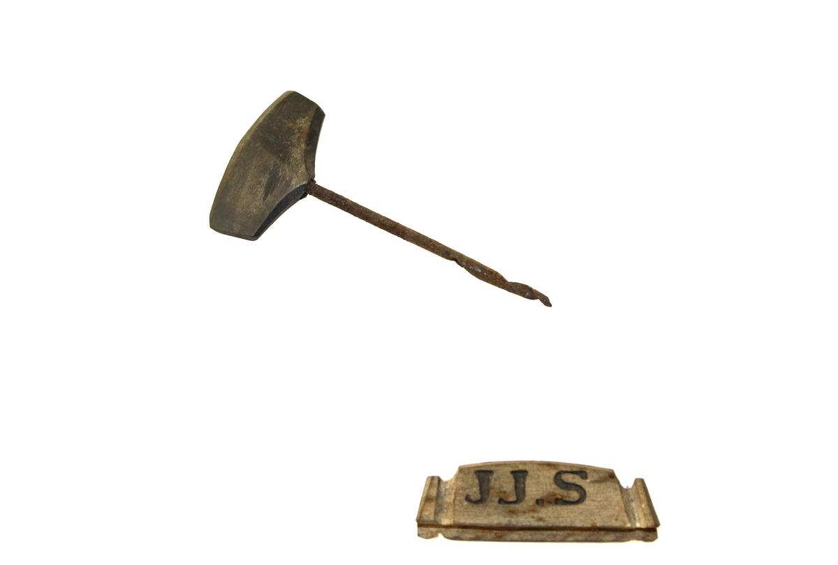Del av verktøysamling etter snekker Jakob Pareli Jakobsen, Skaland, der han hadde eget verksted.