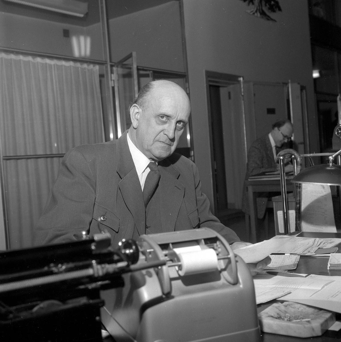 Holger Norén, Örebro Sparbank.  31 december 1958.