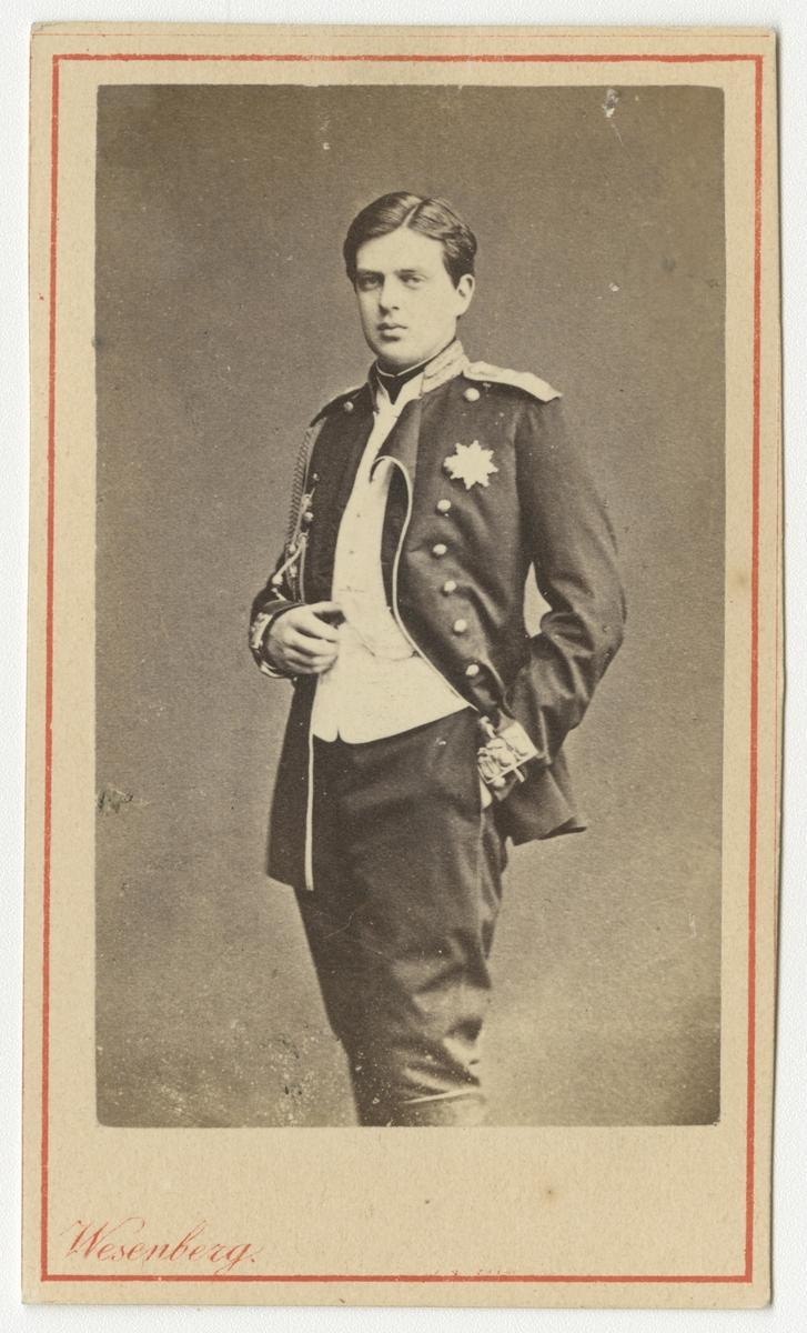 Porträtt av storfuste Vladimir Alexandrovitj av Ryssland.  Se även bild AMA.0002239.