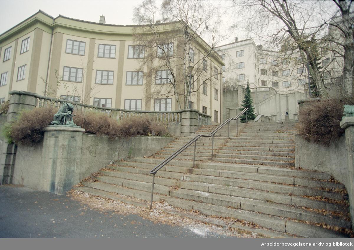 Oslo: Ila. Ilatrappen forbinder Uelands gate og Fougstads gate. November 1995