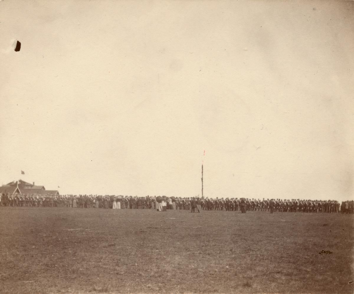 Soldater från Livregementets husarkår.