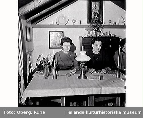 Kungsbacka och Åsa kooperativa förening har syrelsemöte i Minas stuga i Ölmevalla.