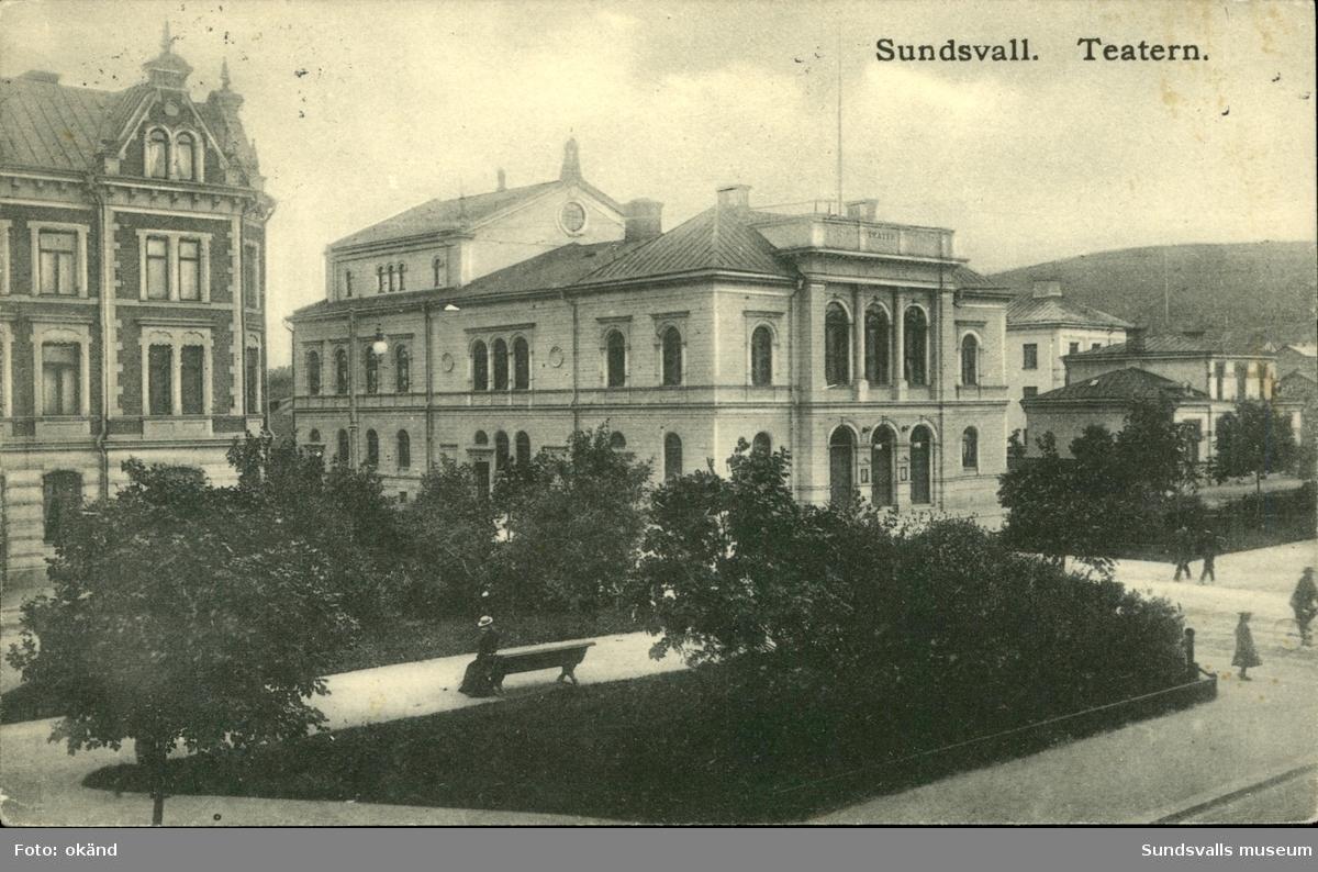 Vykort med motiv över Teatern i Sundsvall.