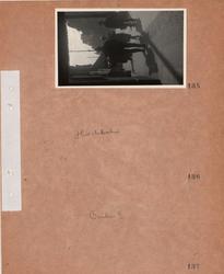 Motiv: Utlandet, Berlin 114 - 146 ; Gatubild med fotgängare