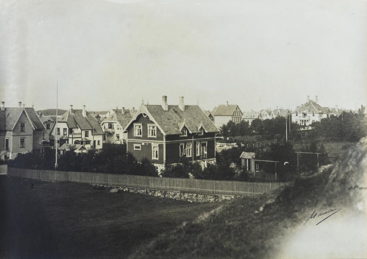 Parti fra Lillesund sett mot nordvest, ca. 1910.