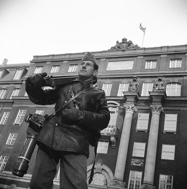 Militärstabsbyggnaden i Stockholm. Sandstedt, Erik.