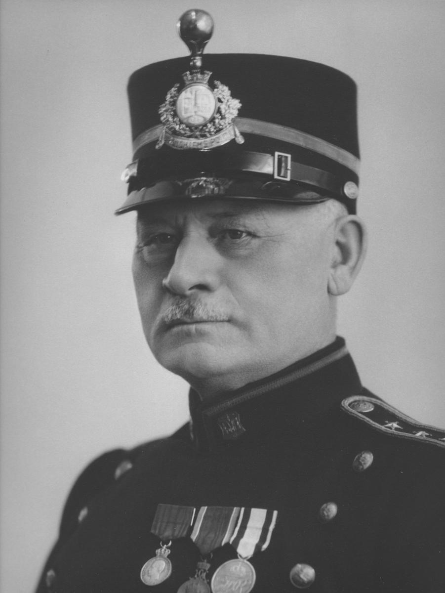 Portrett av J.E Herstad