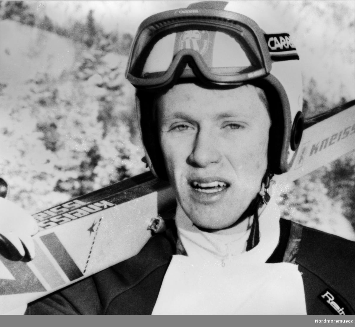 Skihopper Halvor Asphol. Bildet er fra avisa Tidens Krav sitt arkiv i tidsrommet 1970-1994. Nå i Nordmøre museums fotosamling.