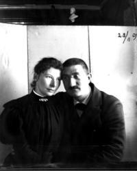 Doktor Otto Mejlænder med kona.