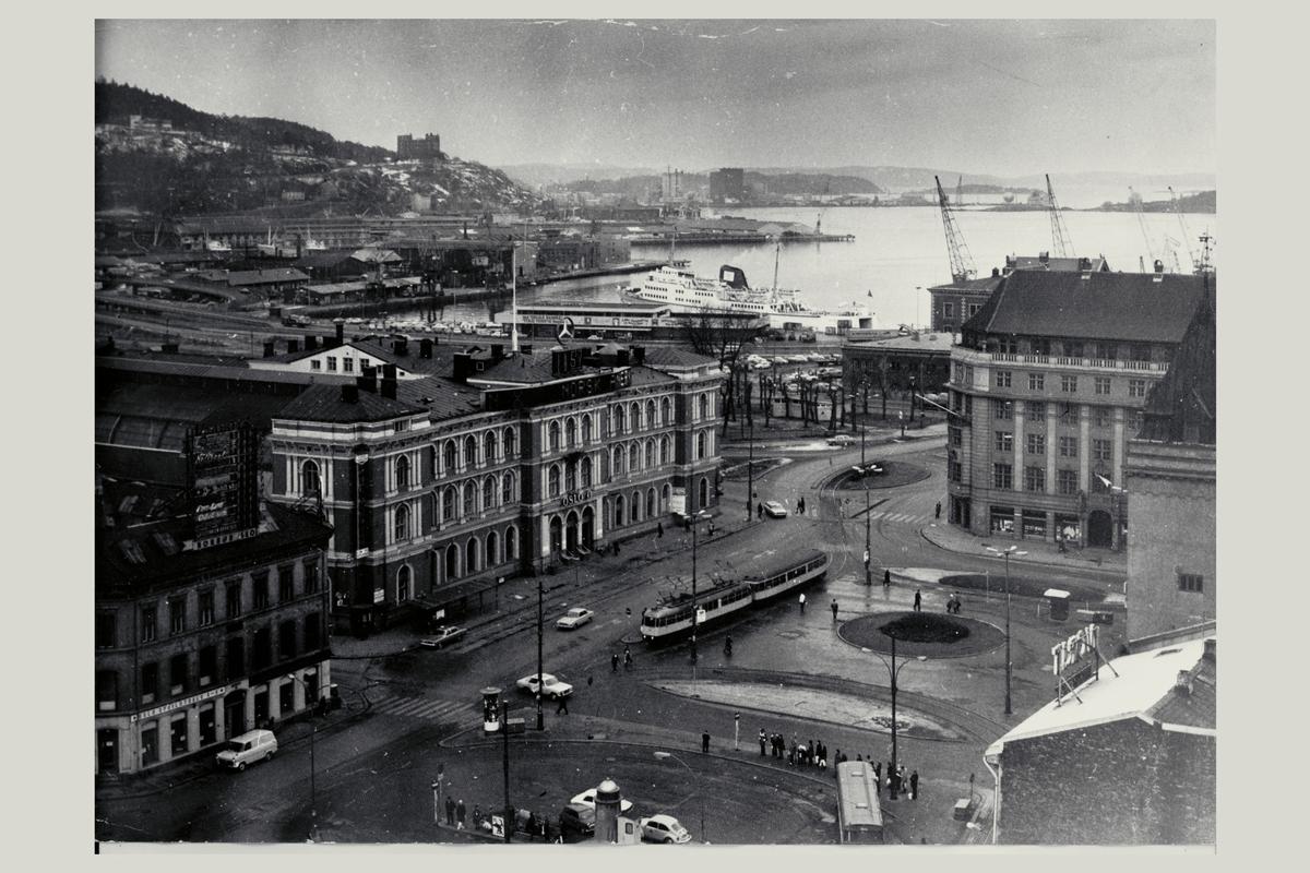 eksteriør, postterminal, Oslo, Postgiro, tomt før nedriving, 24.11.1972