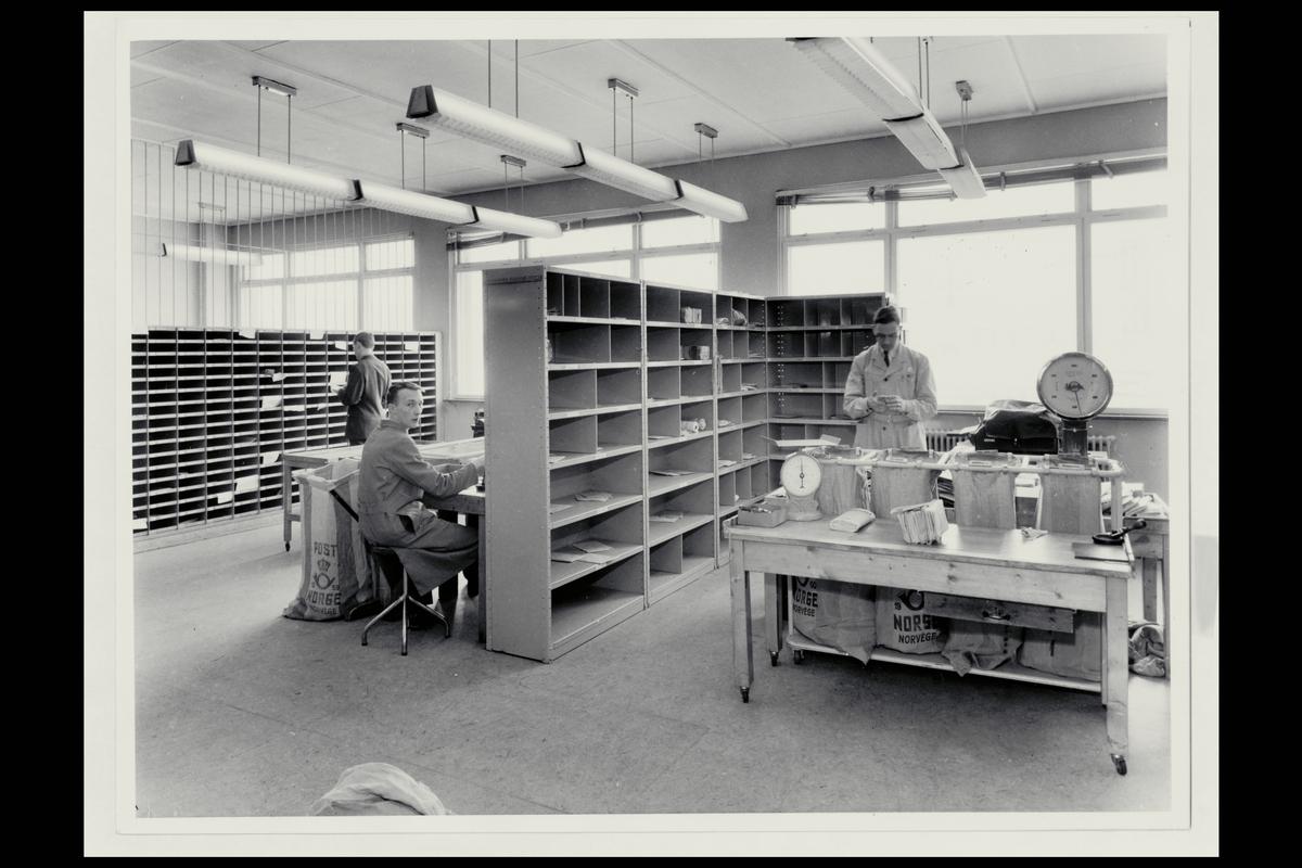 interiør, postkontor, 8000 Bodø, personale, sortering, vekt