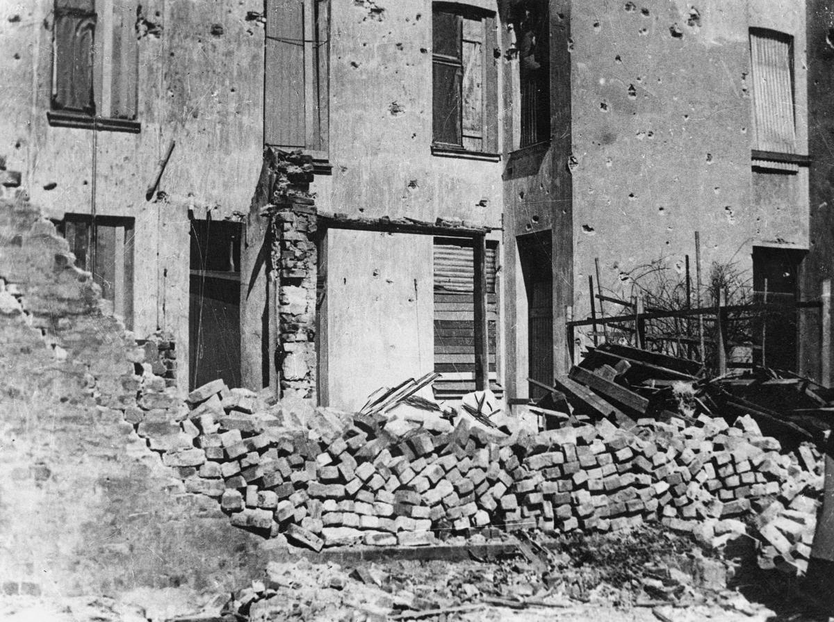 krigen, Kristiansand S, ruiner