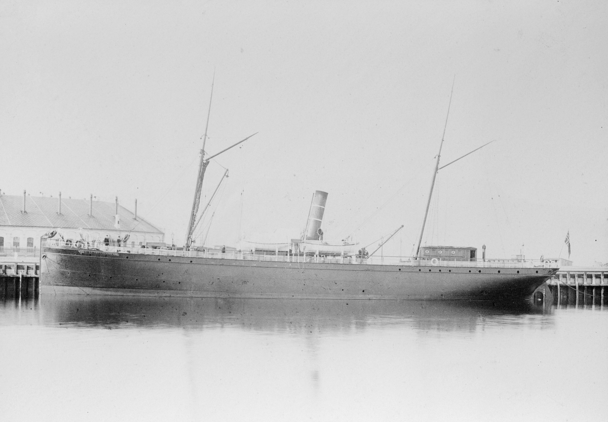 transport båt, eksteriør, D/S Trygvesøn, ved kai
