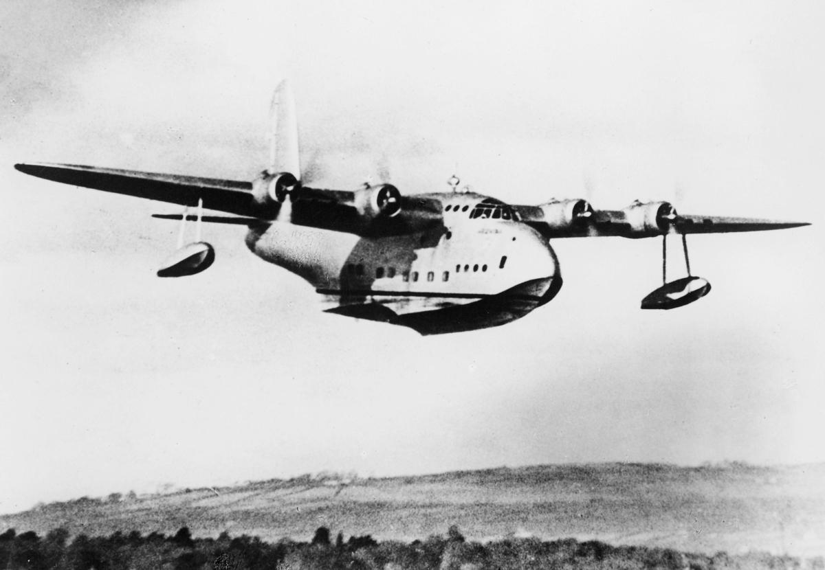 transport, fly, eksteriør, sjøfly, Sandringham Mark VI, luftruten Nord-Norge, i lufta