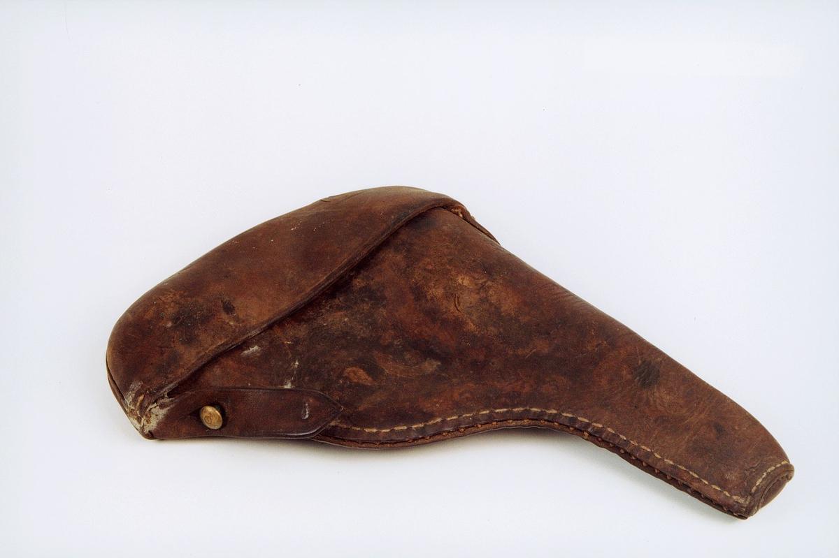 Revolverfutteral av brunt lær til liten  revolver.