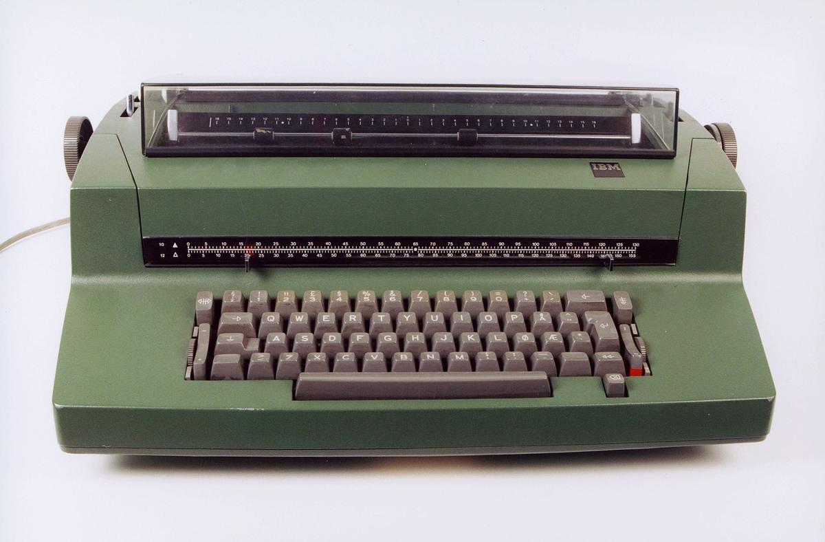 postmuseet, gjenstander, IBM skrivemaskin