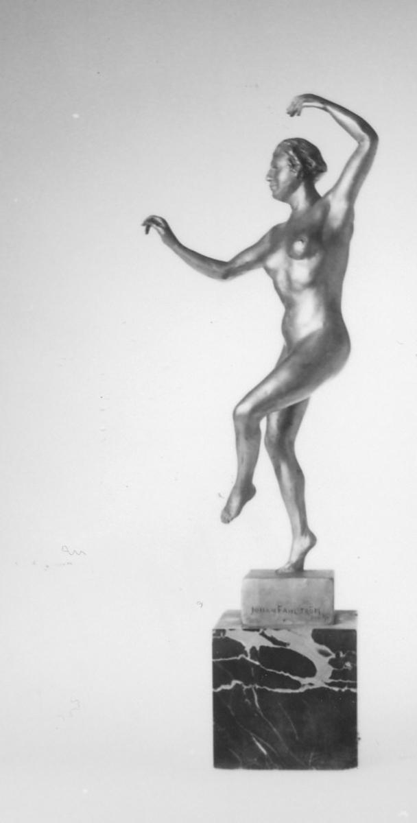 Statuett av danserinne, akt